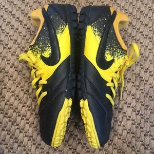 Nike Shoes - Nike boys cleats, bumblebee yellow and black